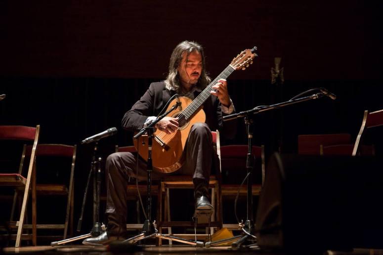 3-Lautaro_Tissera_Guitare_Argentine